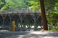 橋杭と木槌です